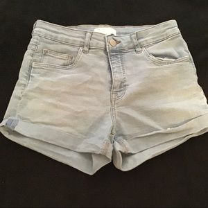 H&M shorts, never worn, open to offers